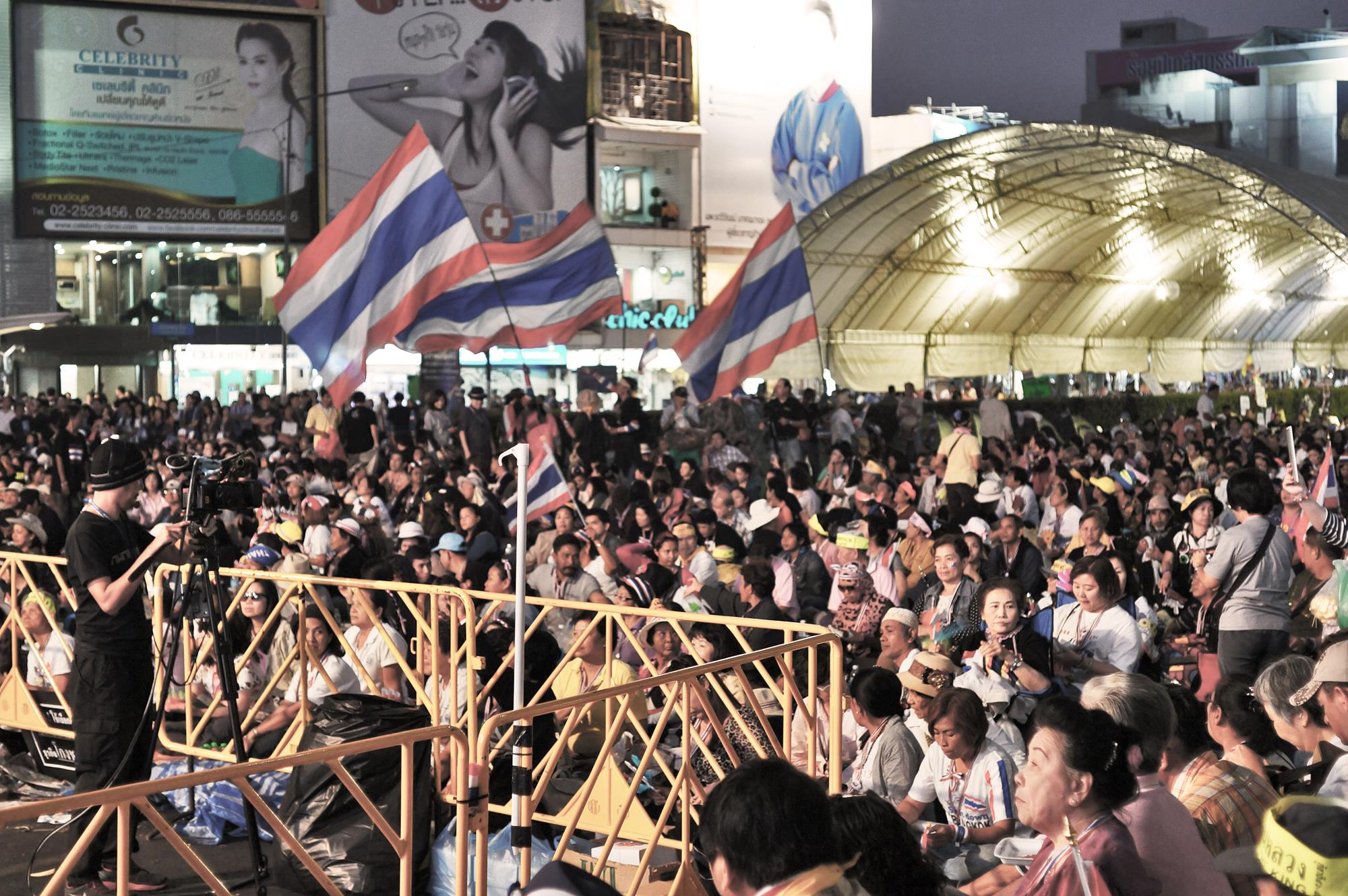 crowd at bangkok protest