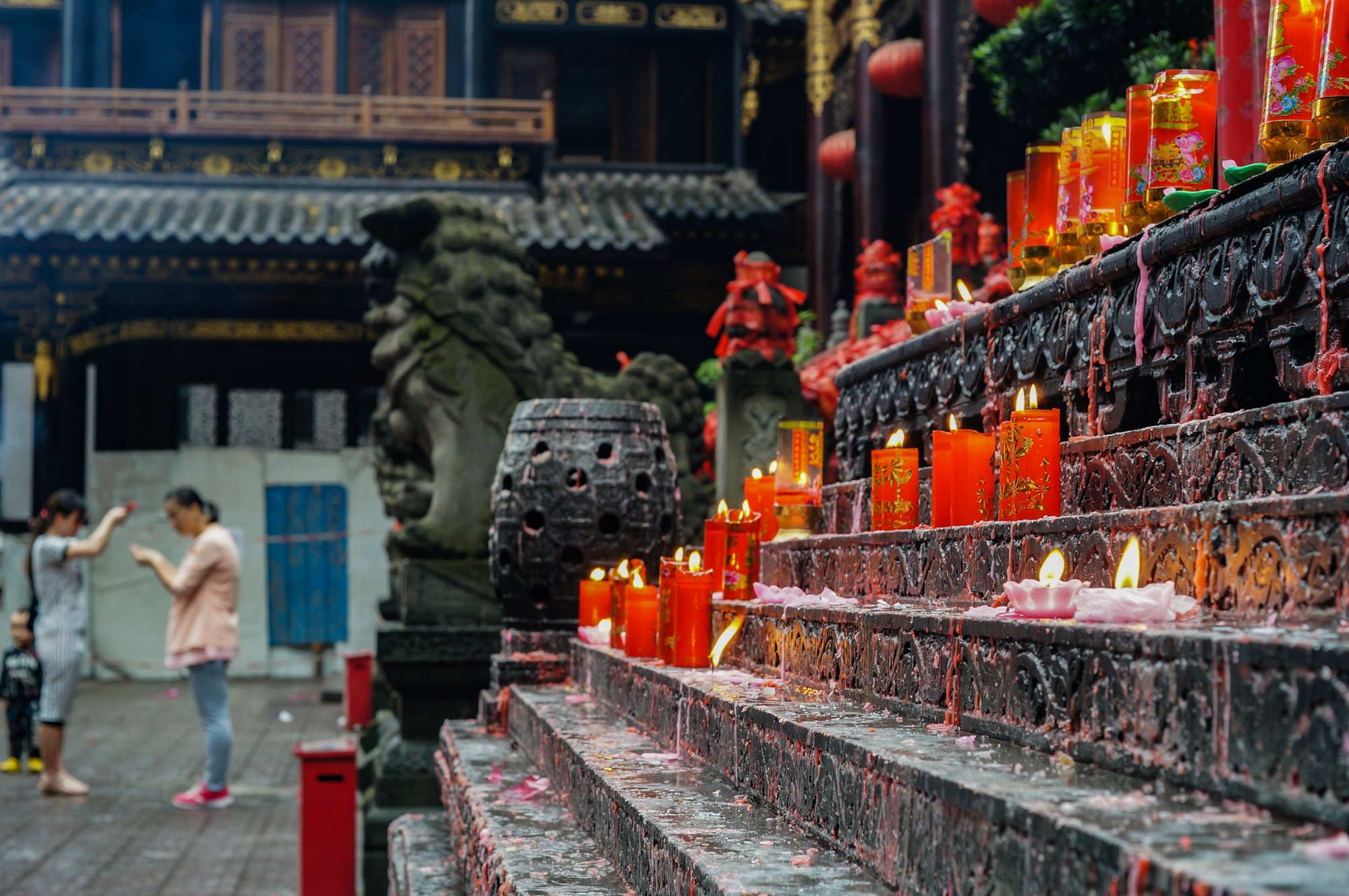 luohan temple candles