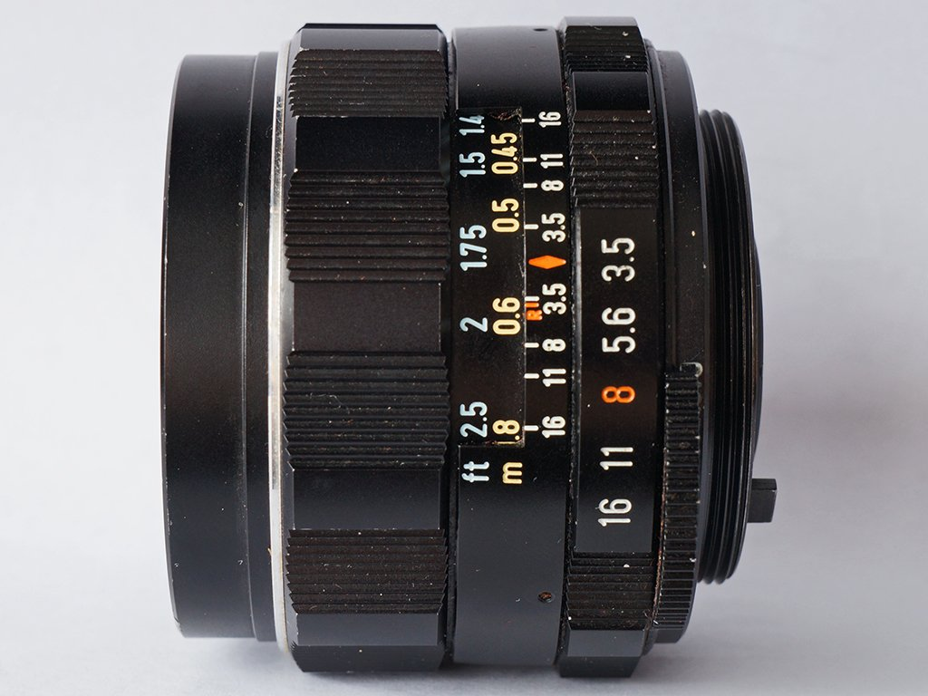 super-takumar-28mm-f3-5-side-view