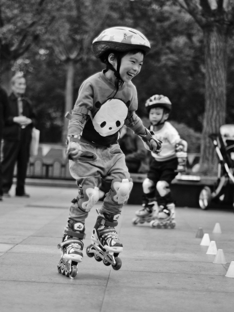 chinese kid skating