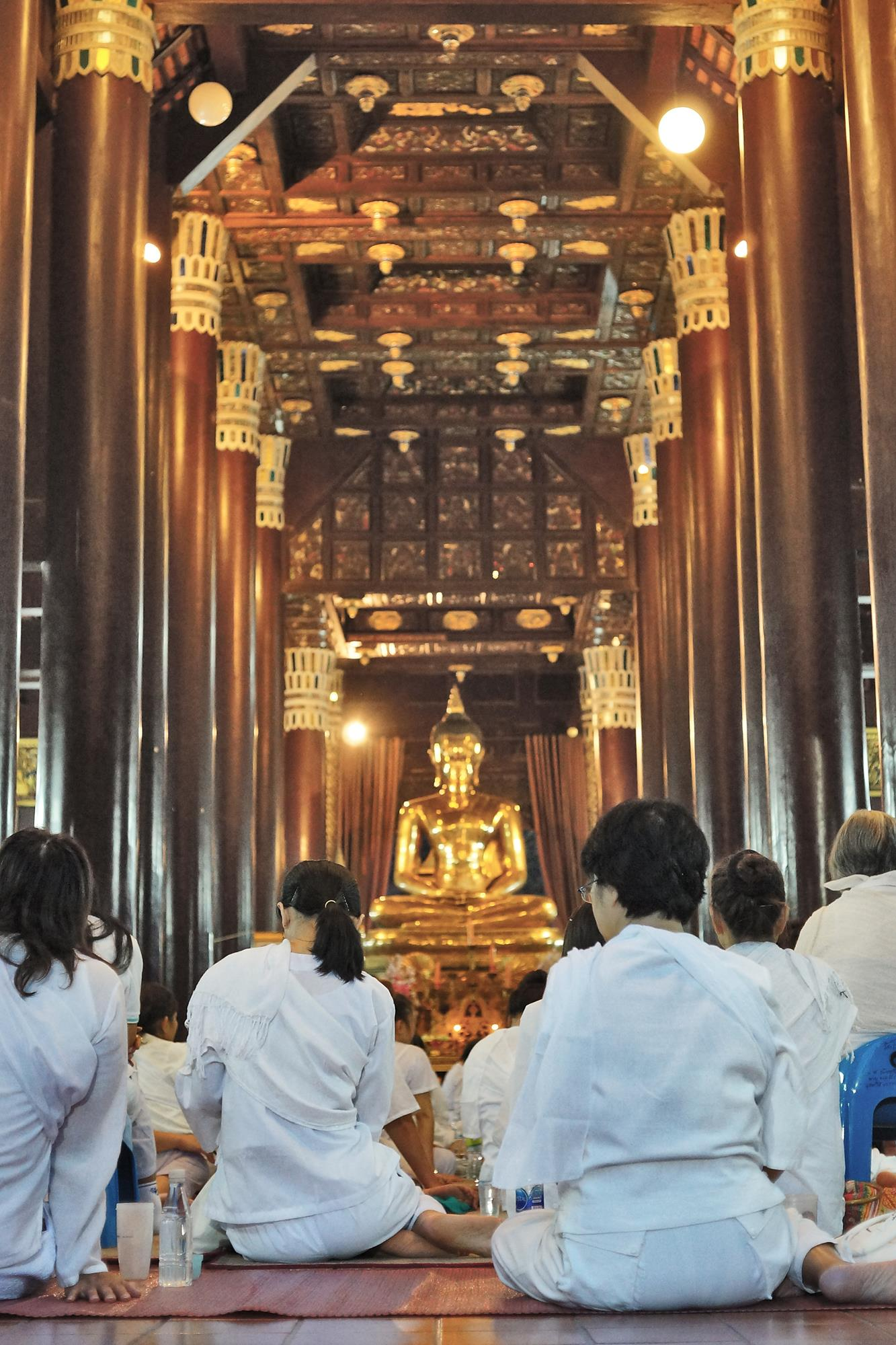 buddhist nuns in chiang mai temple