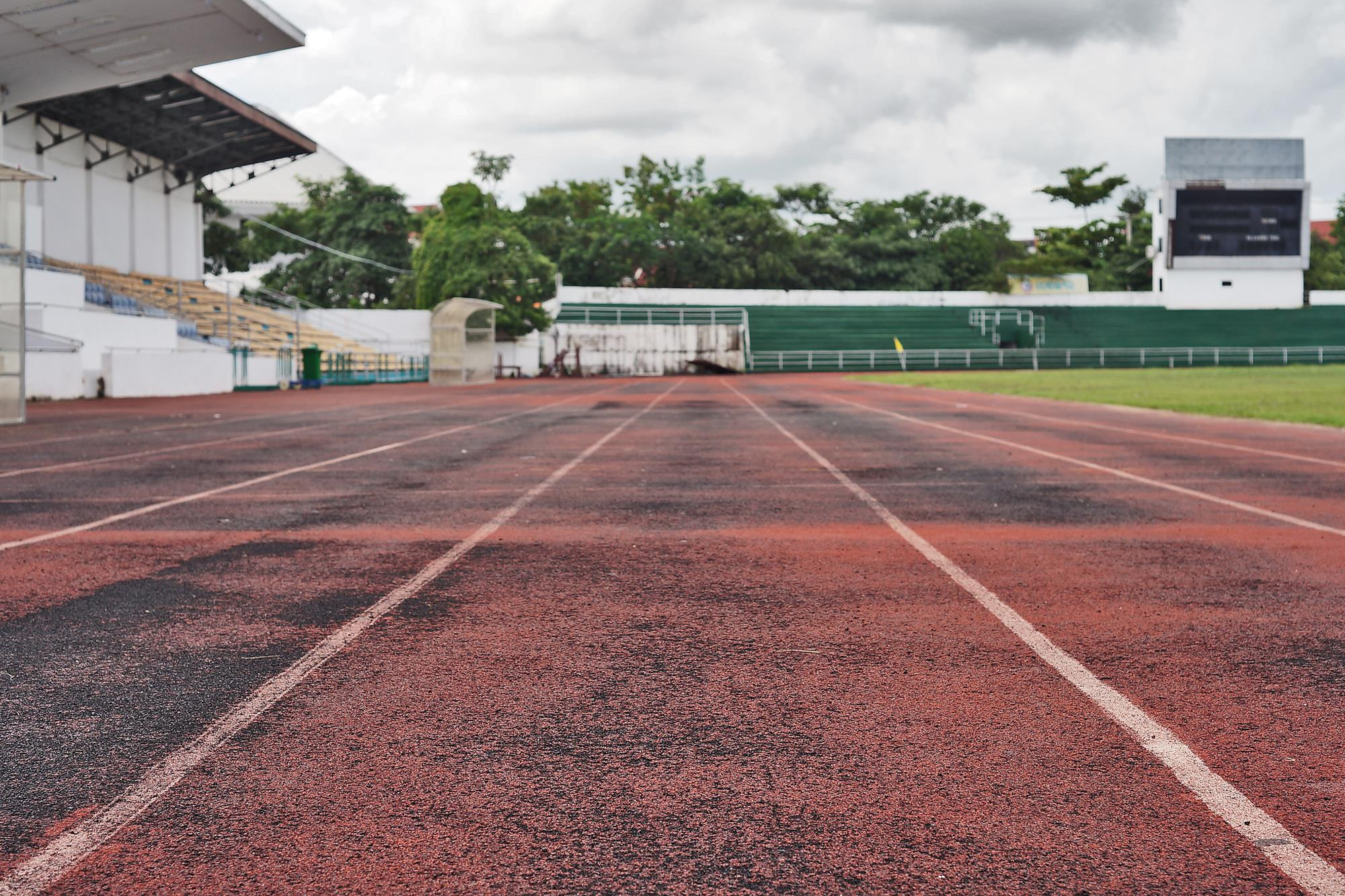 running track at vientiane stadium laos