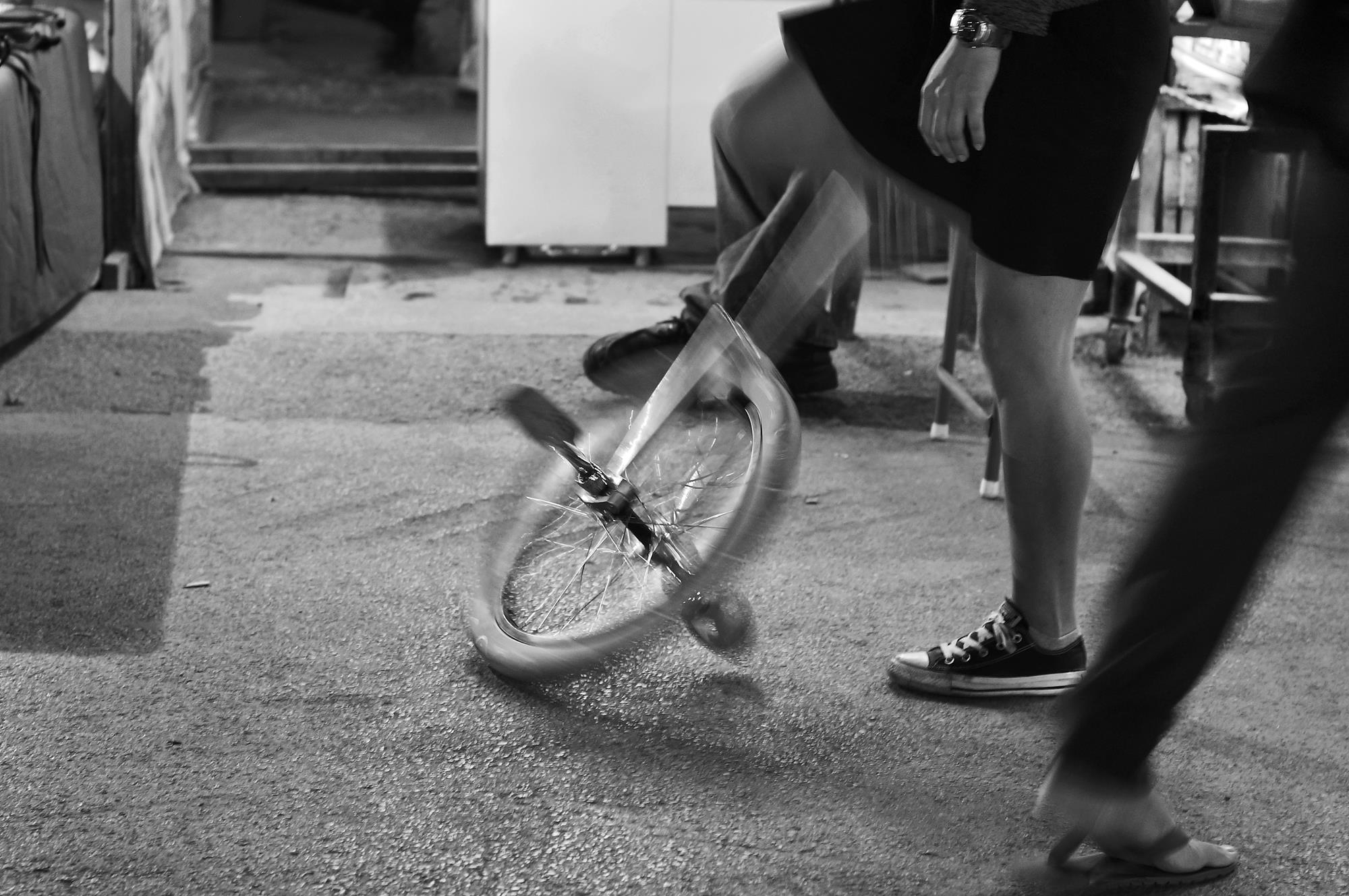 street photography unicycle