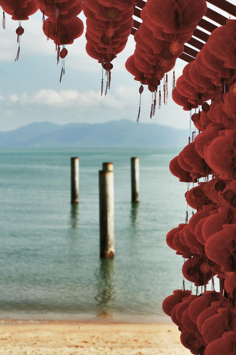 ko samui chinese lanterns sea
