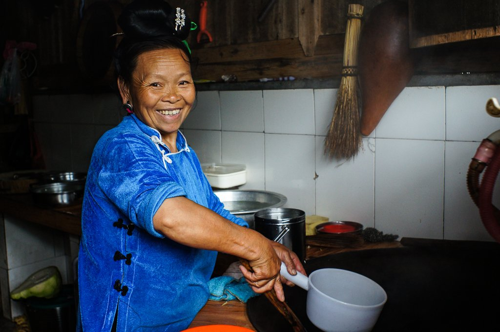 rural chinese cooking lady