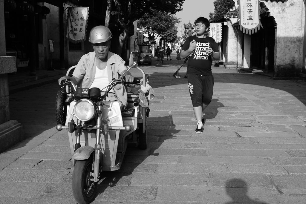monochrome china street photography