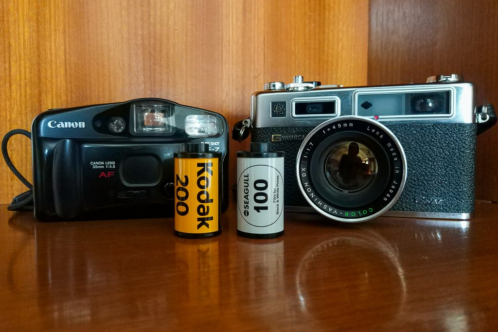 12 Things You Can Do With Your Old Cameras and Lenses
